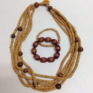 Vintage 70's wooden bead necklace and bracelet set